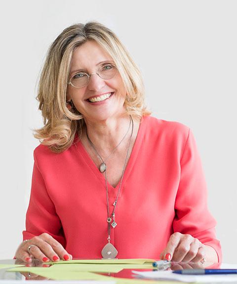 Dr. Monika Veith, CMC